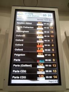 IDBUS - Bus Information Display at Victoria Coach Station